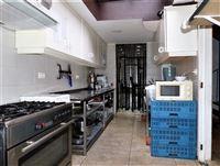 Foto 9 : Winkelruimte te 2870 RUISBROEK (België) - Prijs € 60.000