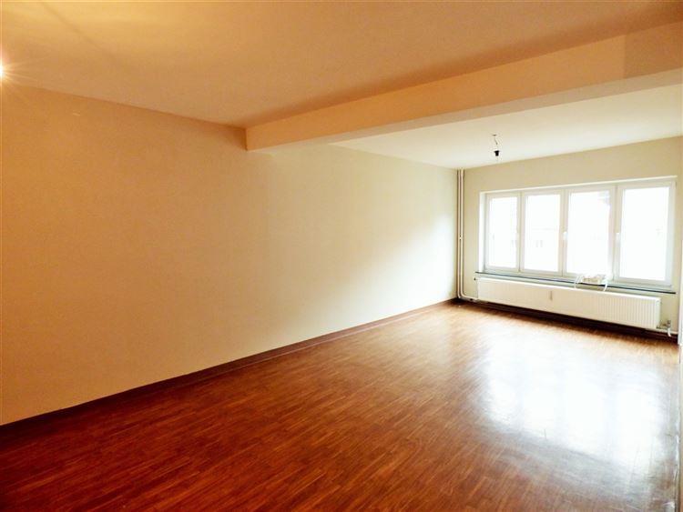 Image 2 : Appartement à 4300 WAREMME (Belgique) - Prix 600 €