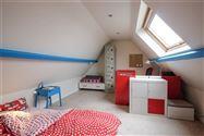 Woning met 5 slaapkamers, studio, garage en dakterras