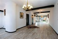IN OPTIE - Huis 2 grote slaapkamers, dubbele garage, kelder