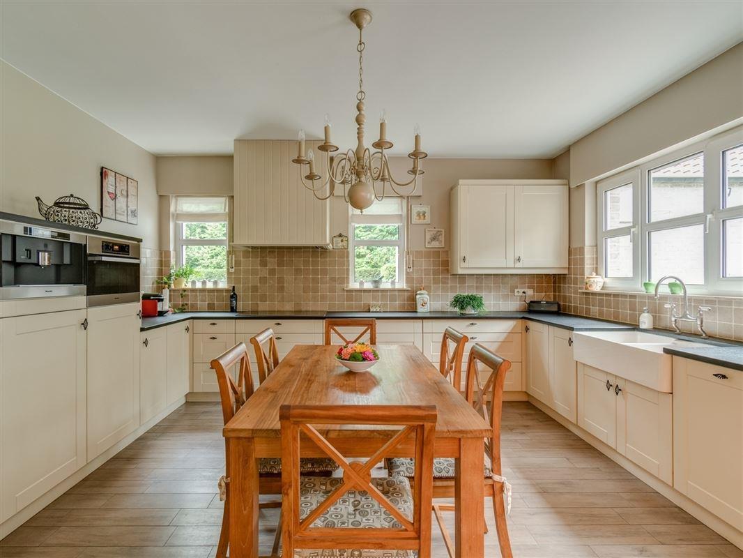 Foto 7 : Villa te 2950 KAPELLEN (België) - Prijs € 749.000
