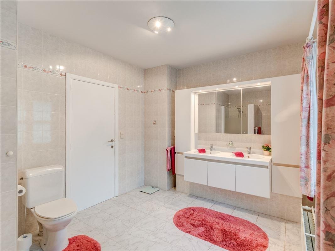 Foto 15 : Villa te 2950 KAPELLEN (België) - Prijs € 749.000