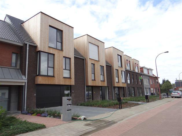 Parking/Garagebox te 2940 HOEVENEN (België) - Prijs € 15.000