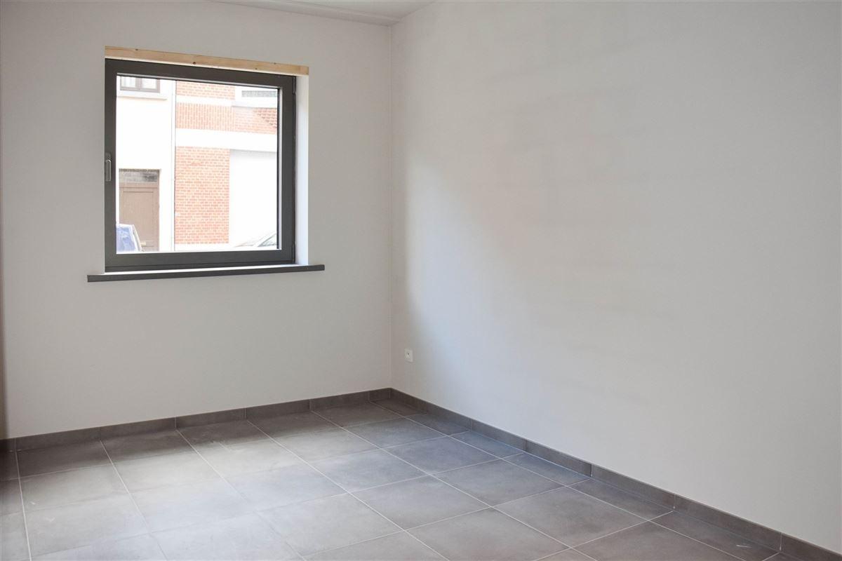 Foto 8 : Appartement te 9100 SINT-NIKLAAS (België) - Prijs € 900