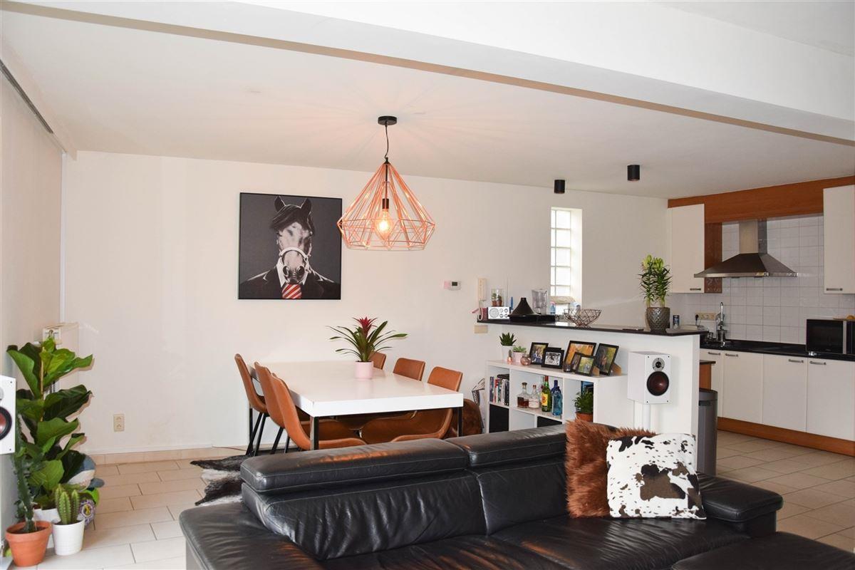 Foto 5 : Duplex/Penthouse te 9111 BELSELE (België) - Prijs € 725