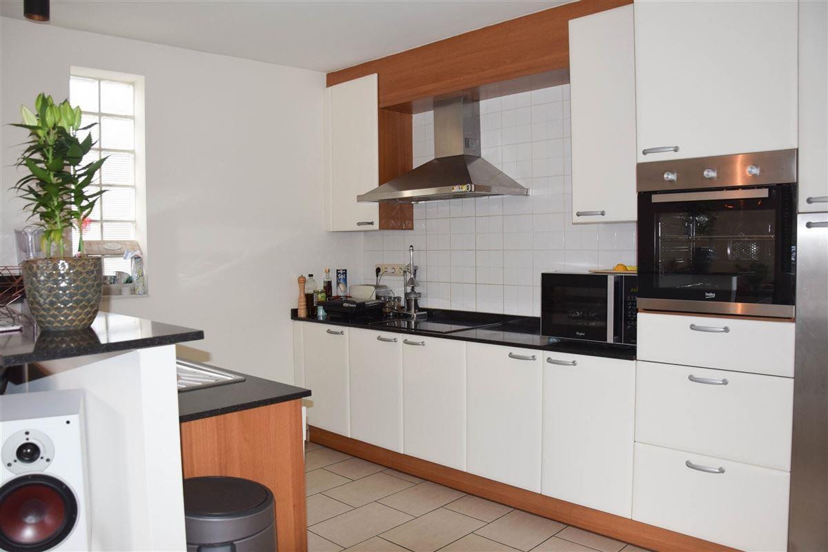 Foto 6 : Duplex/Penthouse te 9111 BELSELE (België) - Prijs € 725