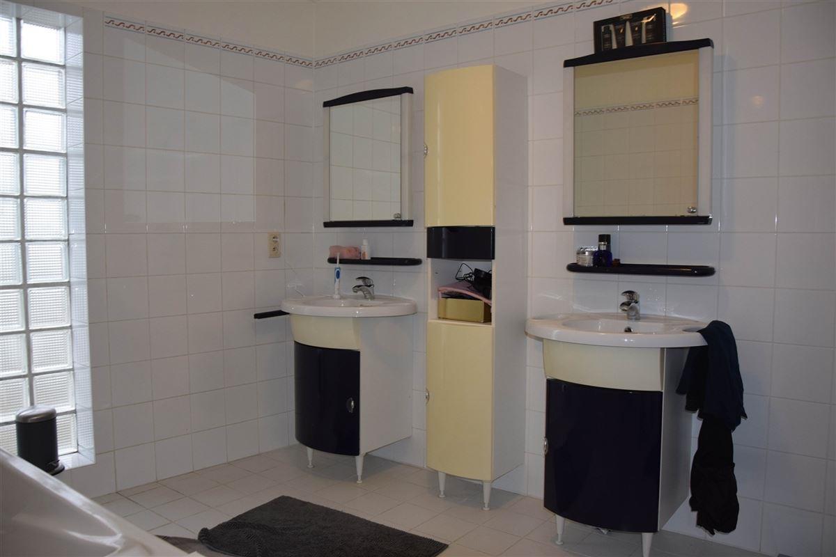 Foto 8 : Duplex/Penthouse te 9111 BELSELE (België) - Prijs € 725
