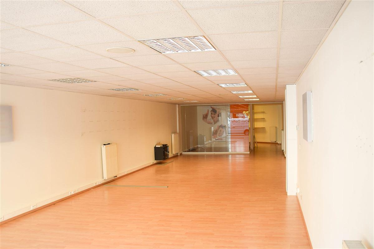 Foto 2 : Winkelruimte te 9100 SINT-NIKLAAS (België) - Prijs € 1.100