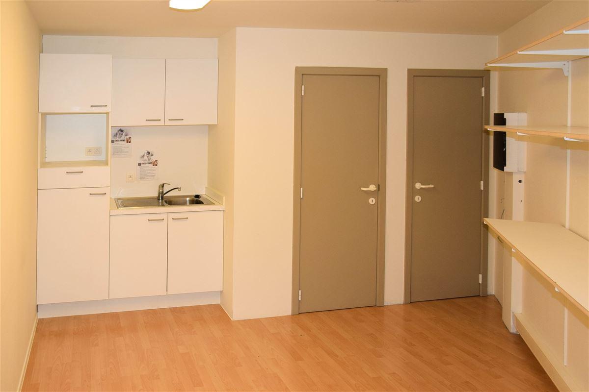 Foto 3 : Winkelruimte te 9100 SINT-NIKLAAS (België) - Prijs € 1.100