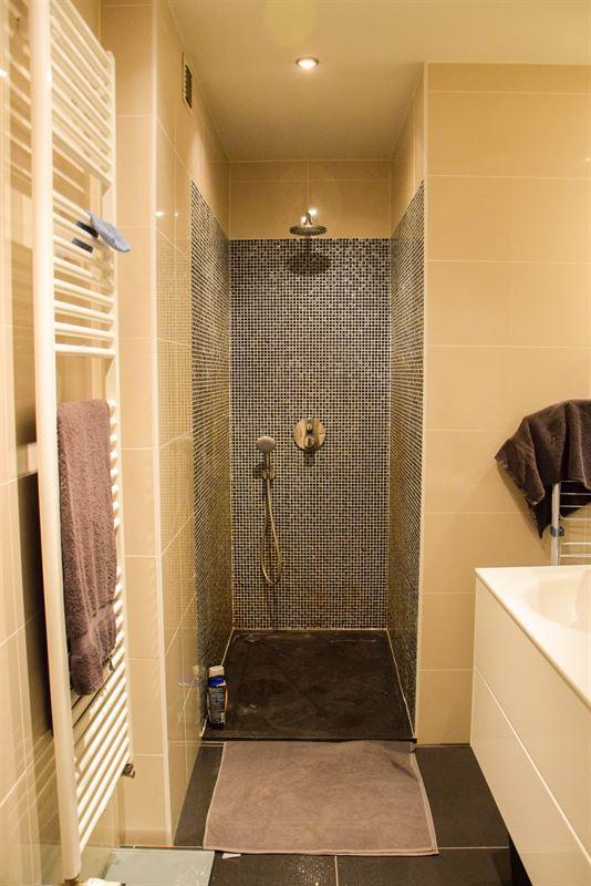 Foto 8 : Appartement te 9100 SINT-NIKLAAS (Albanie) - Prijs € 700