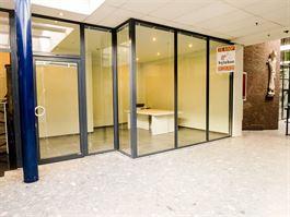Winkelruimte te 9100 SINT-NIKLAAS (België) - Prijs € 35.000