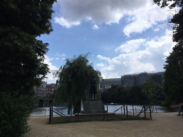 Foto 3 : buitenstaanplaats te 1000 BRUXELLES (België) - Prijs € 100