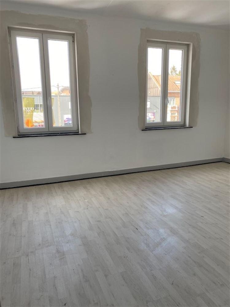Foto 2 : appartement te 1600 SINT-PIETERS-LEEUW (België) - Prijs € 106.000