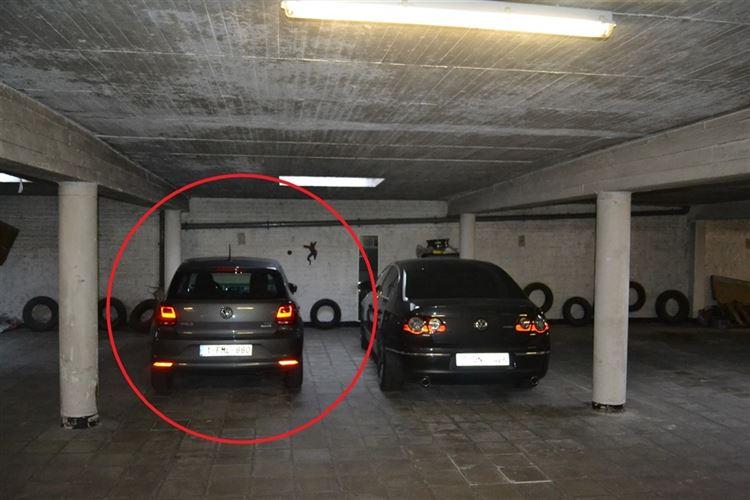 Foto 2 : binnenstaanplaats te 1780 WEMMEL (België) - Prijs € 20.000