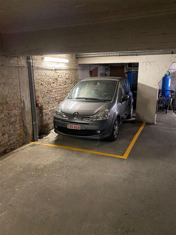 Foto 4 : binnenstaanplaats te 1030 SCHAARBEEK (België) - Prijs € 25.000