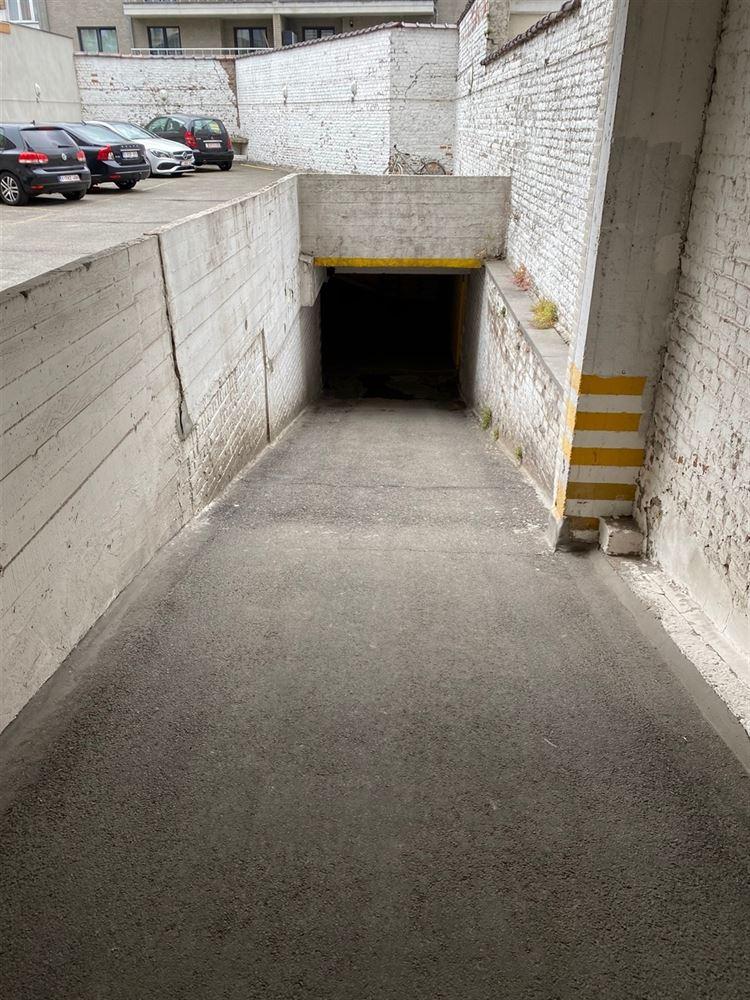 Foto 6 : binnenstaanplaats te 1030 SCHAARBEEK (België) - Prijs € 25.000