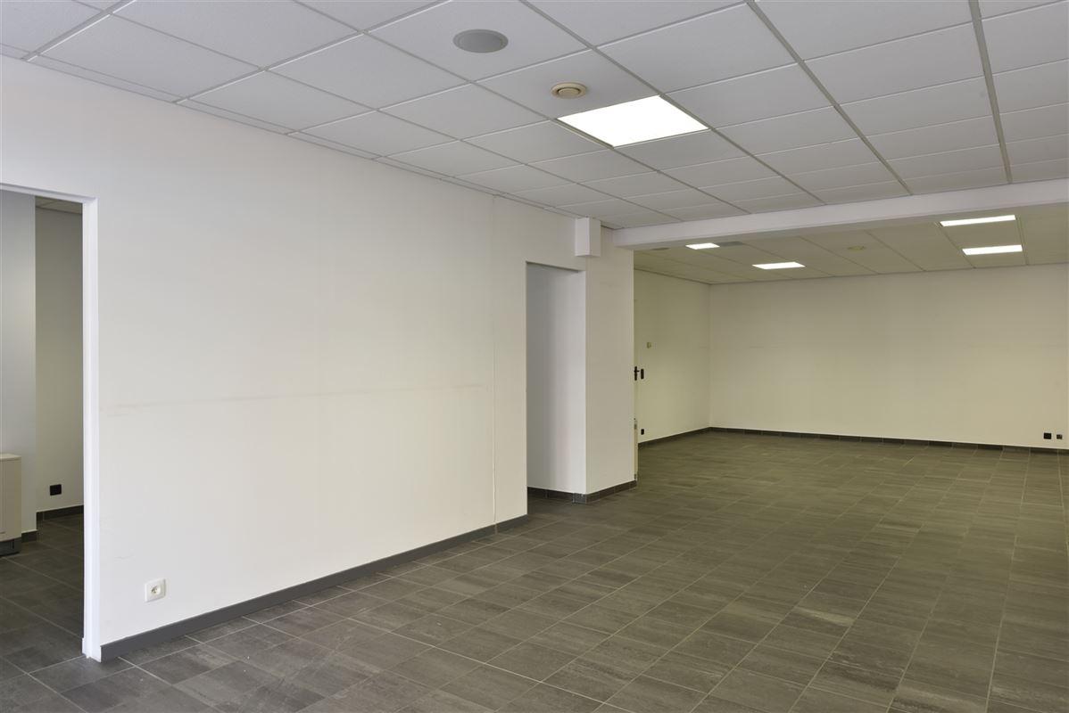 Foto 3 : Kantoor te 3620 Lanaken (België) - Prijs € 700