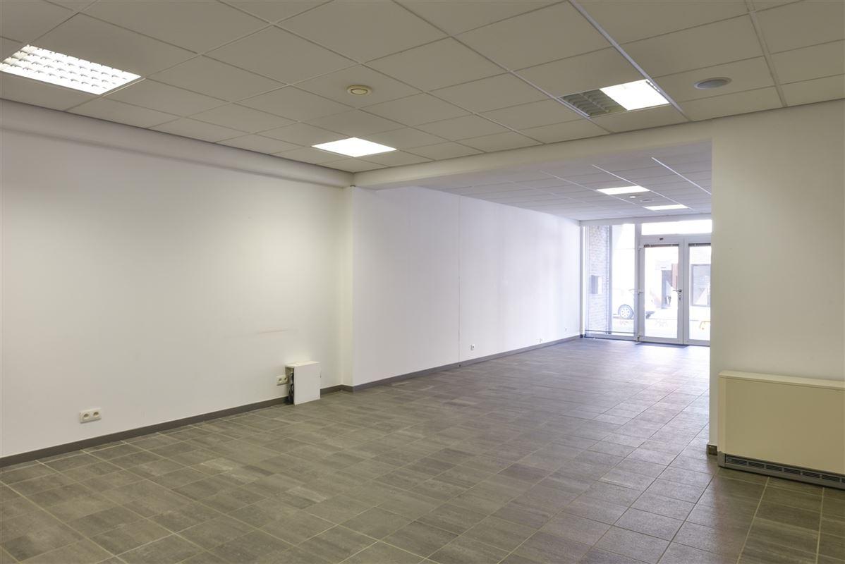 Foto 5 : Kantoor te 3620 Lanaken (België) - Prijs € 700