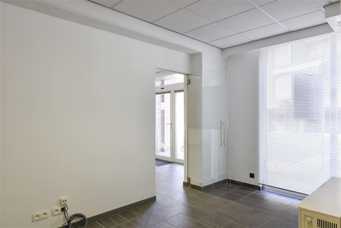 Foto 7 : Kantoor te 3620 Lanaken (België) - Prijs € 700