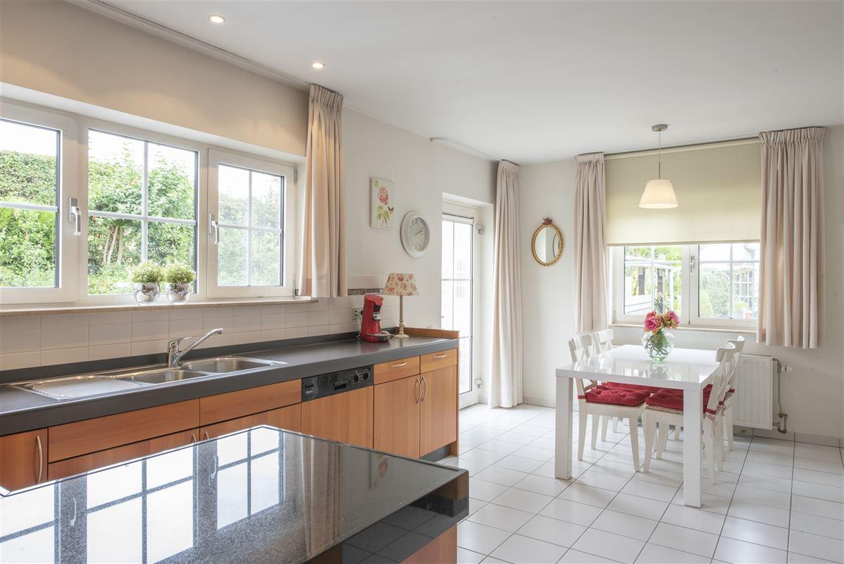 Foto 10 : Villa te 4690 EBEN-EMAEL (België) - Prijs € 459.000