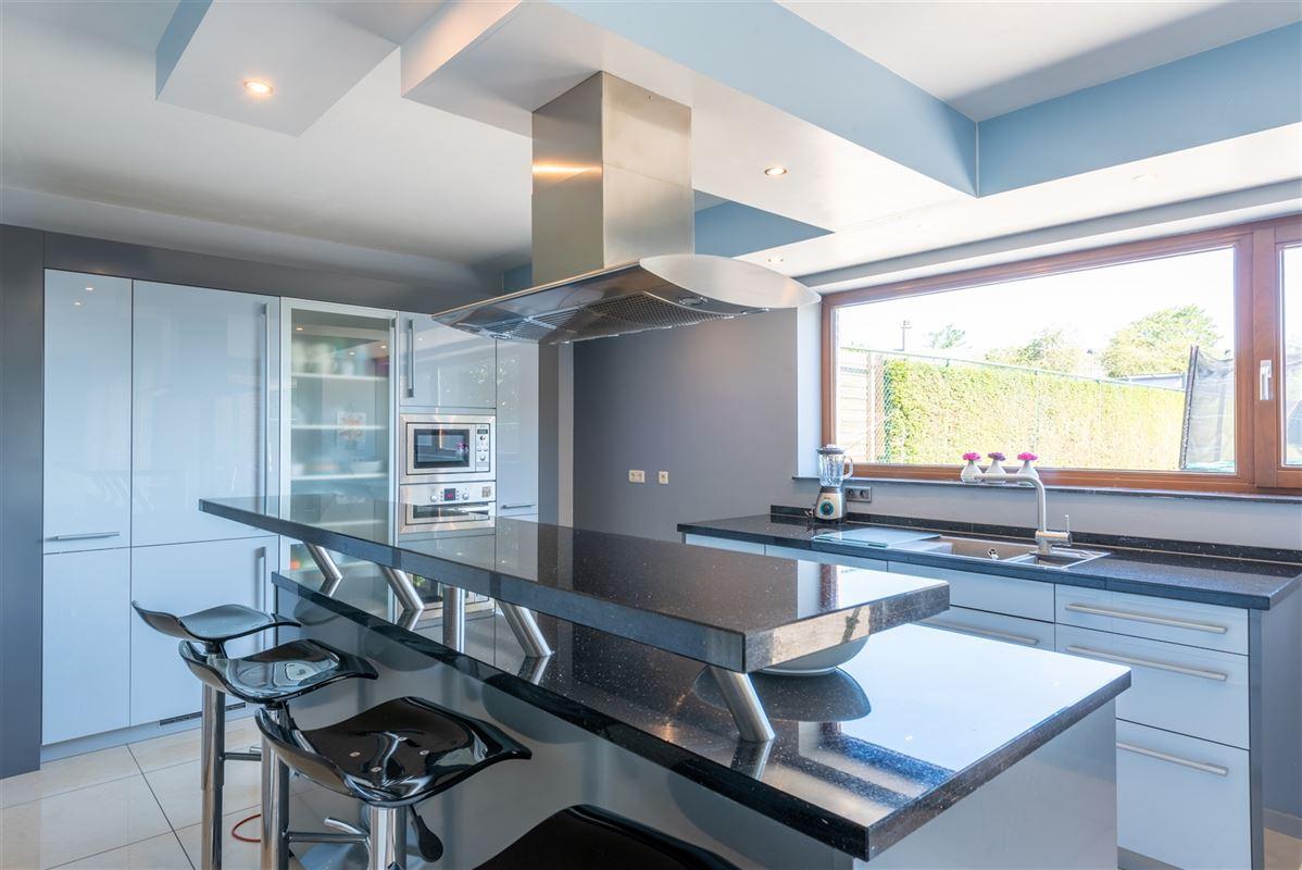 Foto 6 : Woning te 3770 ZICHEN-ZUSSEN-BOLDER (België) - Prijs € 255.000