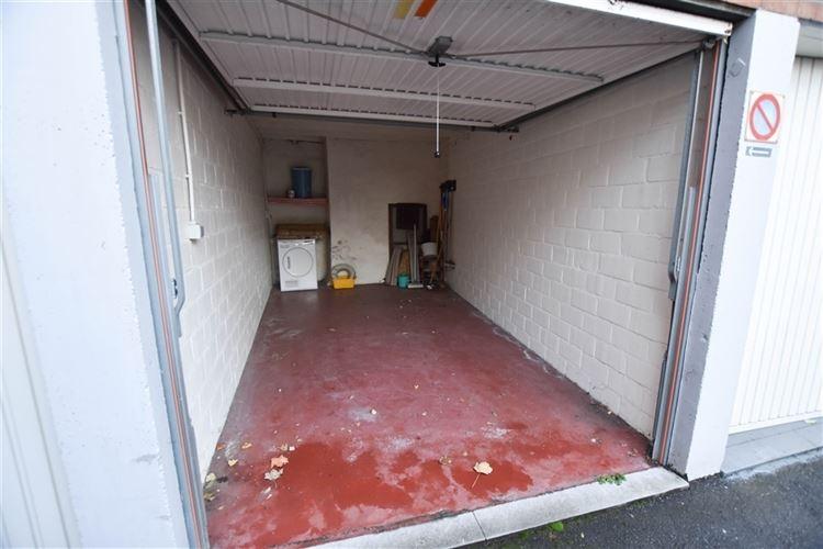 Parking/Boxe de garage à 7700 MOUSCRON (Belgique) - Prix 60 €