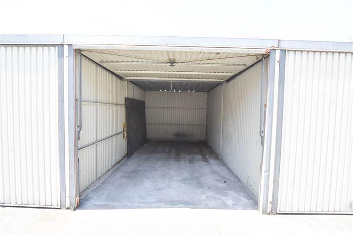 Parking/Boxe de garage à 7700 MOUSCRON (Belgique) - Prix 65 €