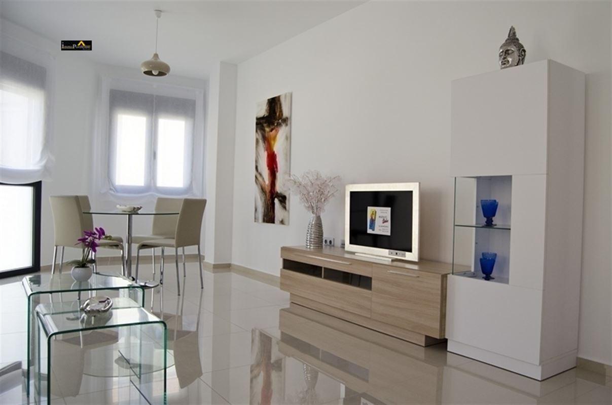 Appartement te koop te LOS MONTESINOS (03187)