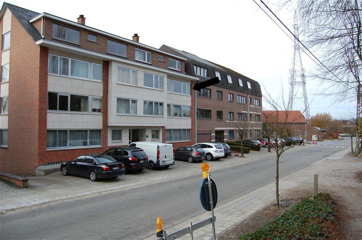 IN 3360 KORBEEK-LO (Belgium) - Price