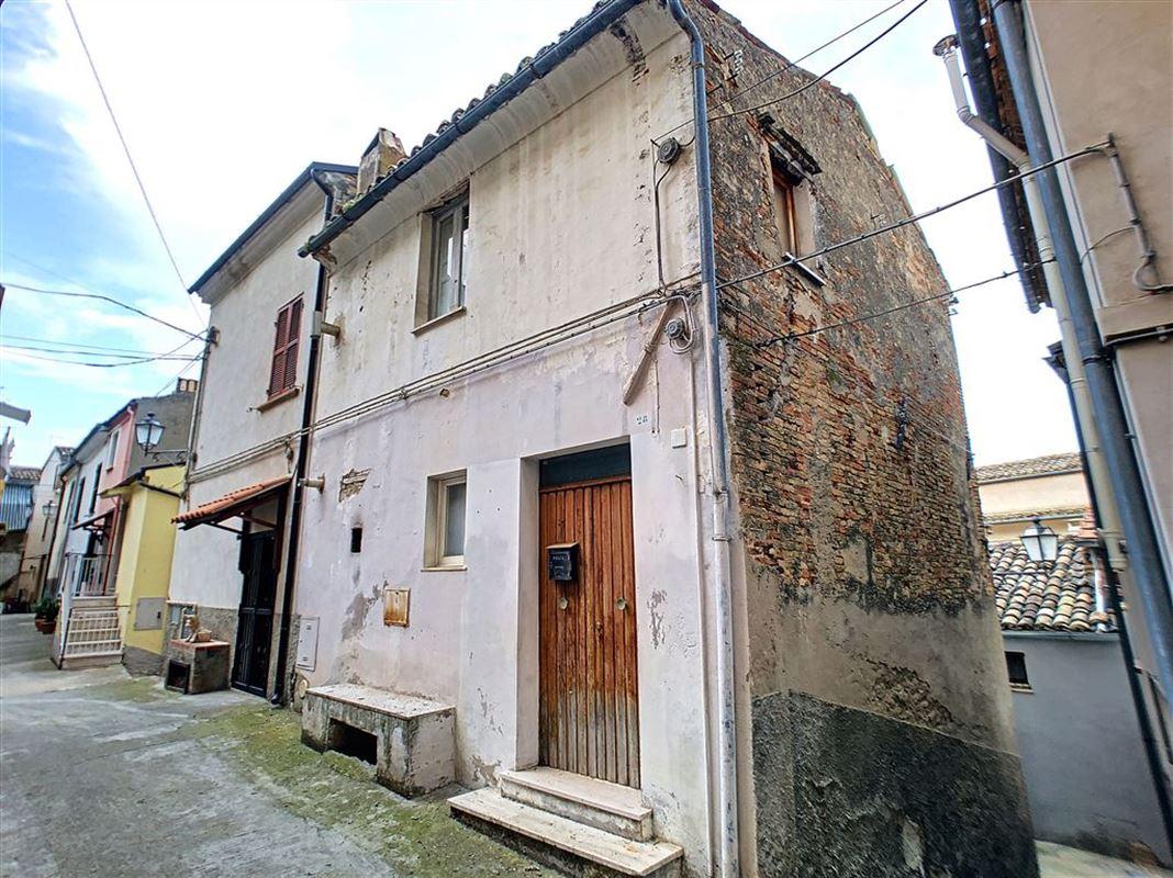 habitation à 65014 LORETO APRUTINO (Italie) - Prix 19.000 €