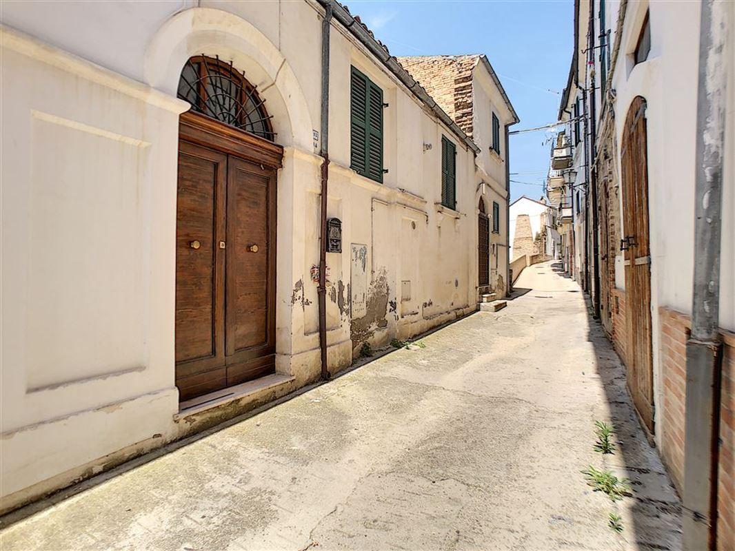 habitation à 65014 LORETO APRUTINO (Italie) - Prix 38.000 €