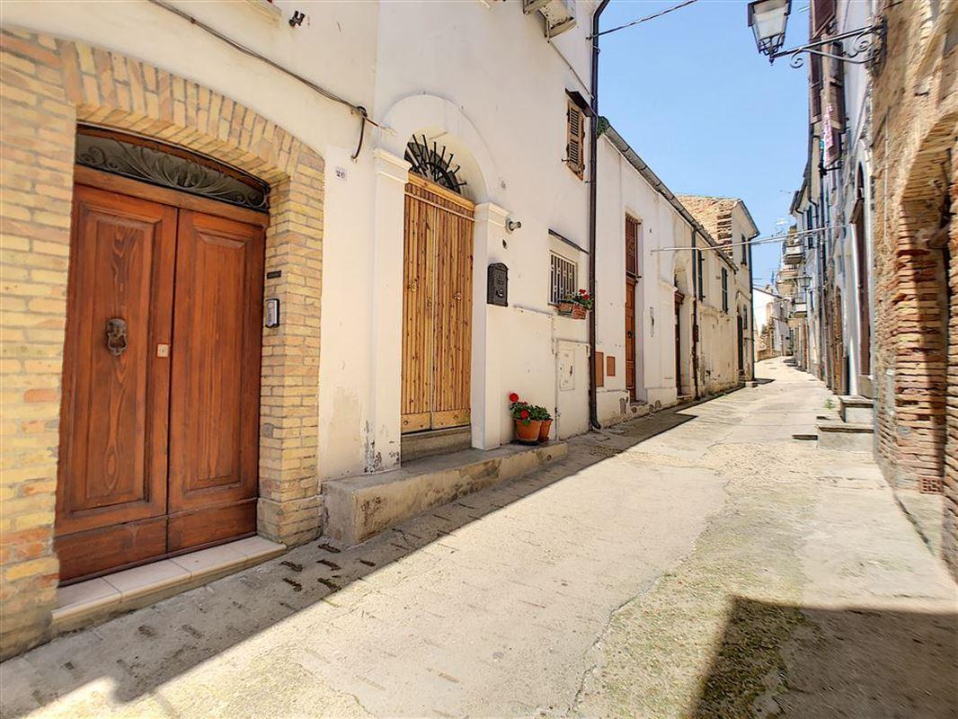 habitation à 56014 LORETO APRUTINO (Italie) - Prix 94.000 €