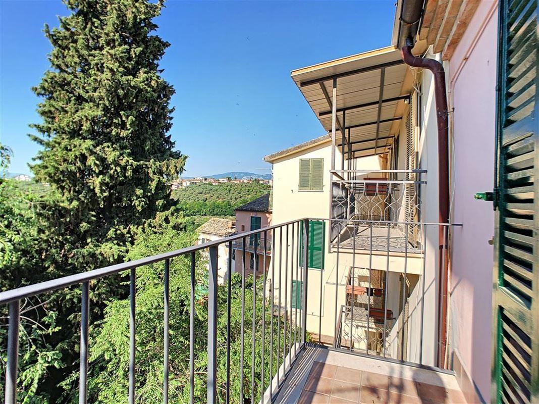 IN 65014 LORETO APRUTINO (Italia) - Price 56.000 €