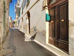 Image 1 :  IN 65014 LORETO APRUTINO (Italia) - Price 31.000 €