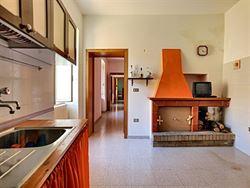 Image 3 :  IN 65014 LORETO APRUTINO (Italia) - Price 31.000 €