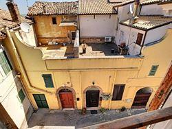 Image 11 :  IN 65014 LORETO APRUTINO (Italia) - Price 63.000 €
