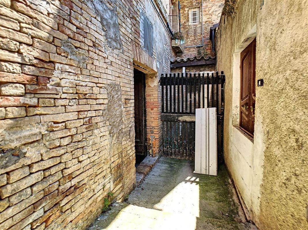 IN 65014 LORETO APRUTINO (Italia) - Price 114.000 €