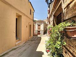 Image 1 : habitation à 65014 LORETO APRUTINO (Italie) - Prix 94.000 €