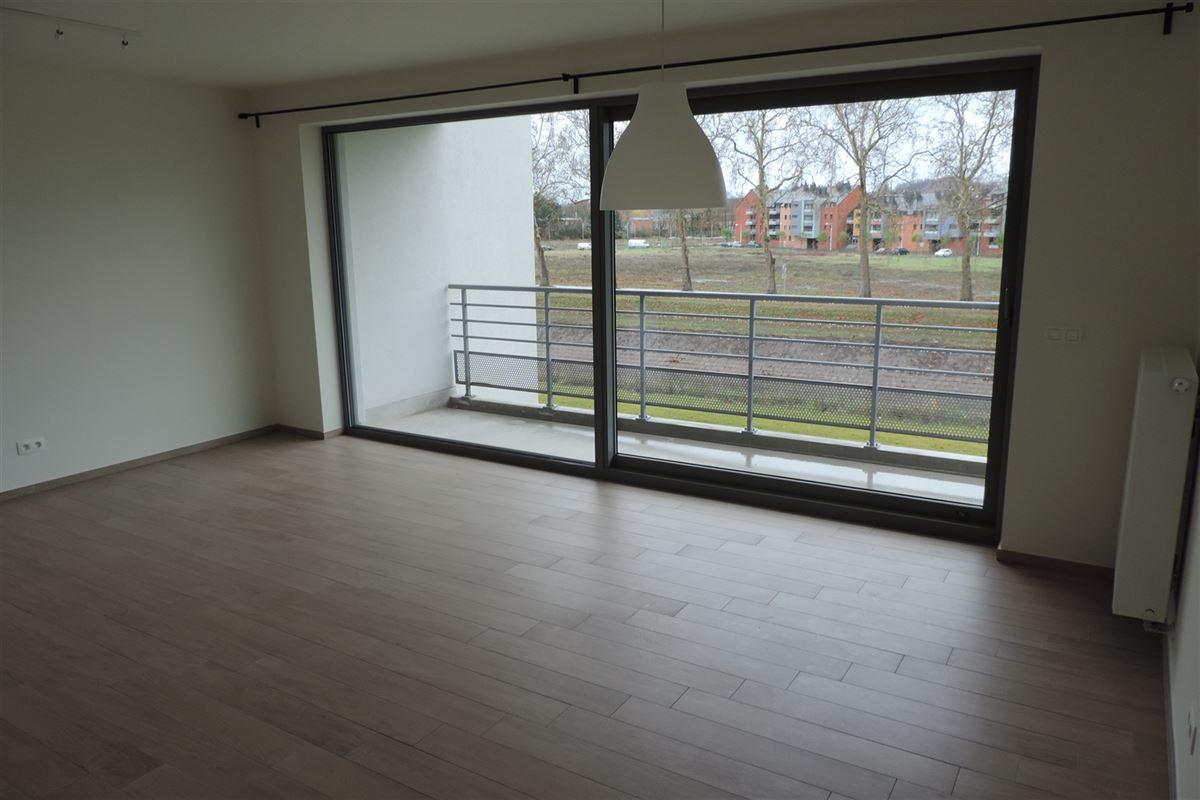 Image 4 : Appartement à 7000 MONS (Belgique) - Prix 830 €