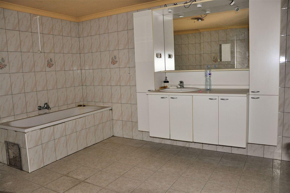 Image 5 : Immeuble mixte à 7390 QUAREGNON (Belgique) - Prix 155.000 €