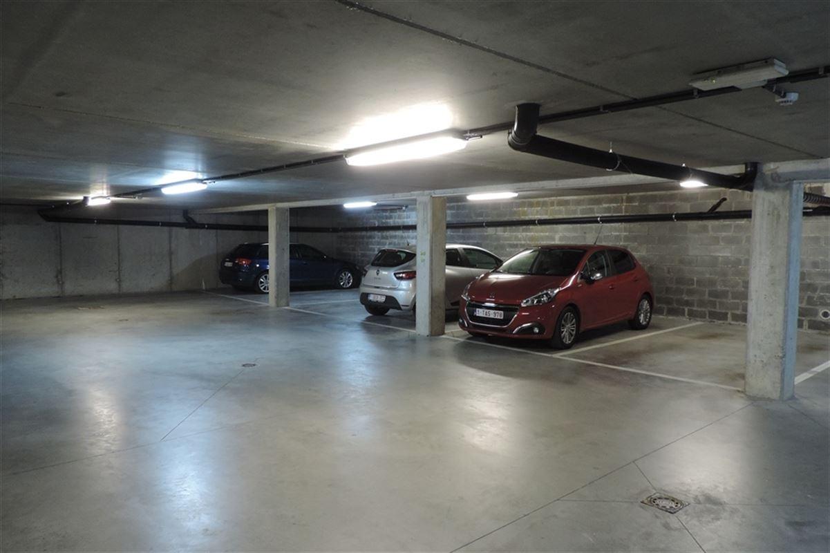 Image 1 : Parking/Boxe de garage à 7011 GHLIN (Belgique) - Prix 50 €