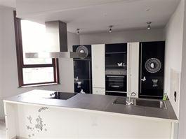 Duplex/Penthouse à 7000 MONS (Belgique) - Prix