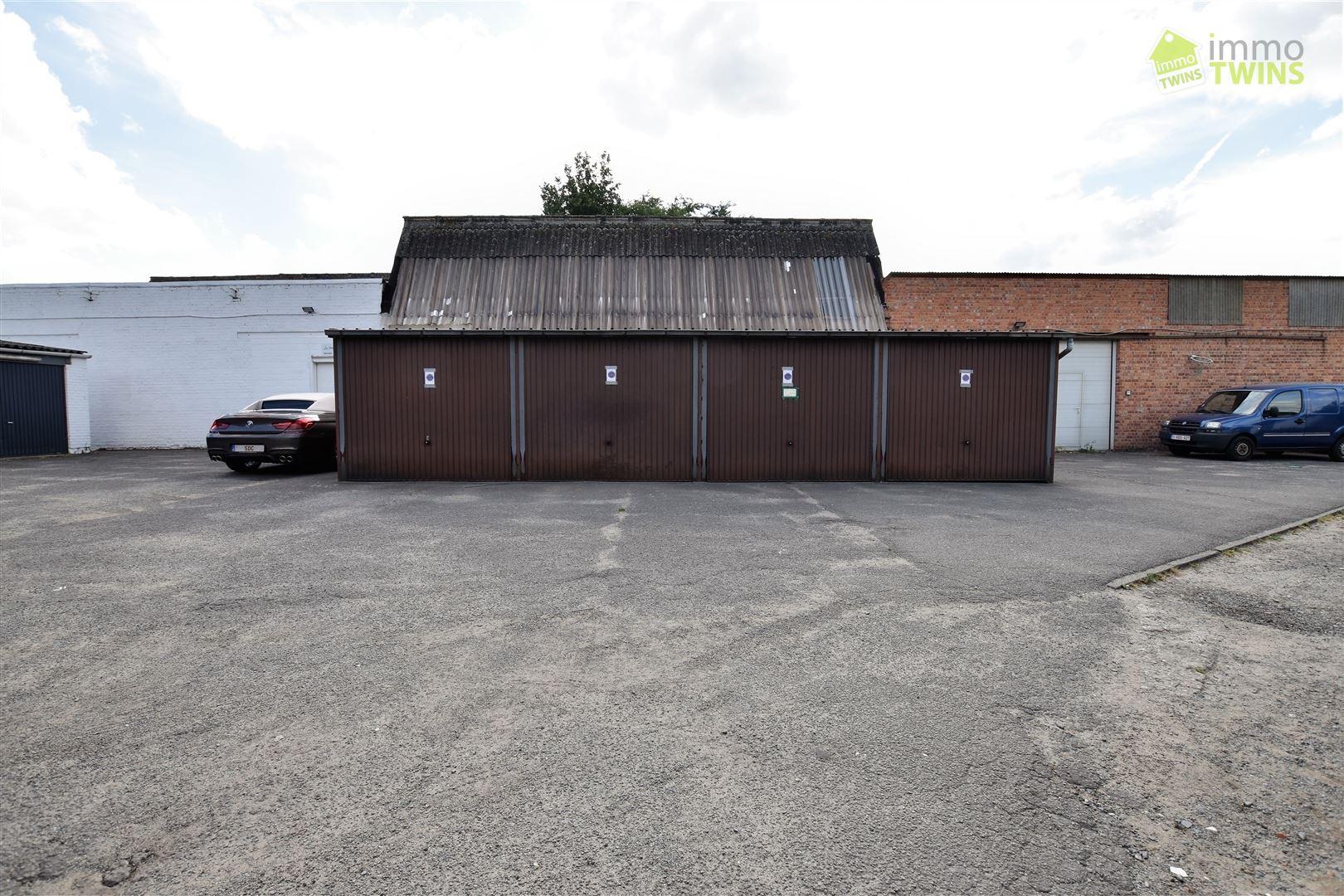 Foto 2 : Parking/Garagebox te 9200 APPELS (België) - Prijs € 49.500