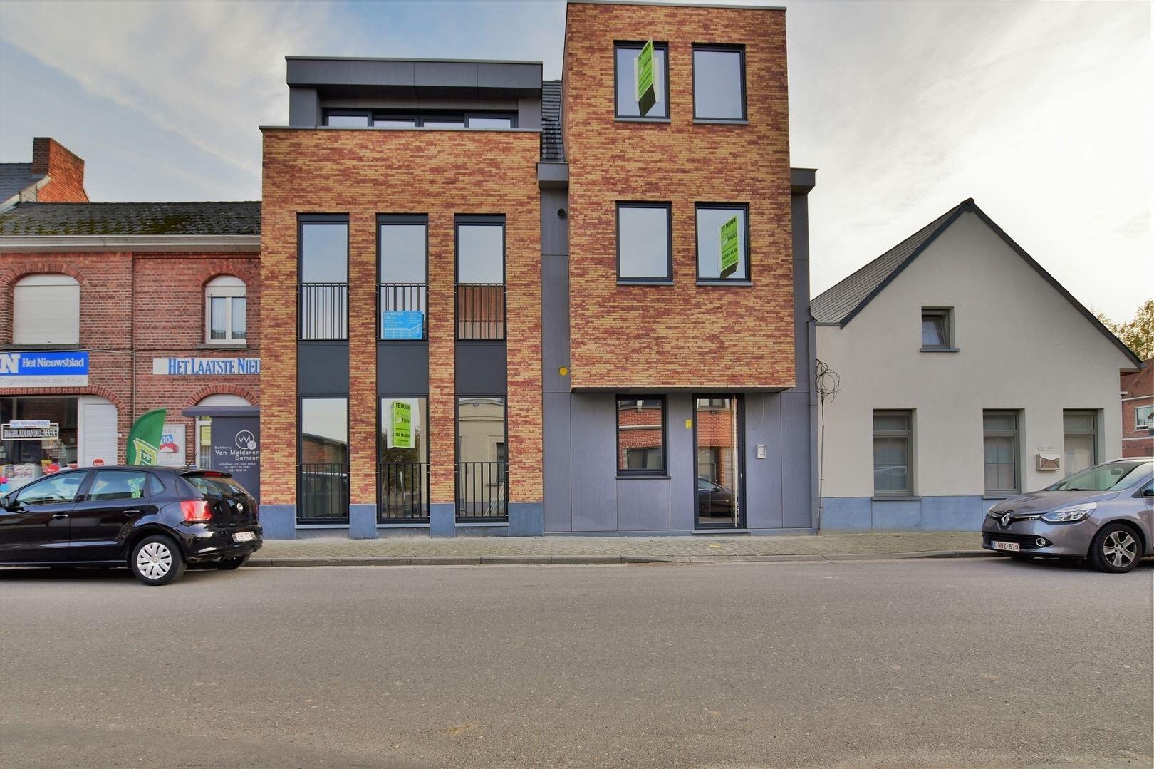 Foto 1 : Duplex/Penthouse te 9200 APPELS (België) - Prijs € 800