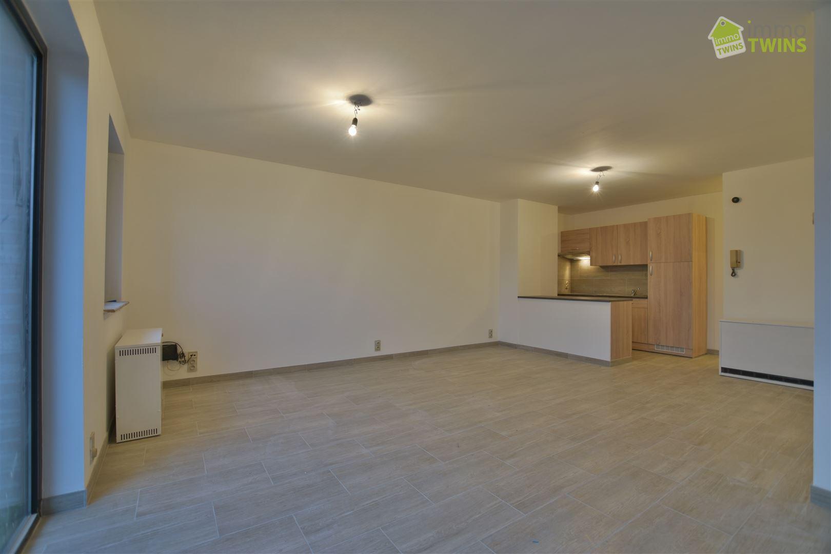 Foto 2 : Appartement te 9200 APPELS (België) - Prijs € 620