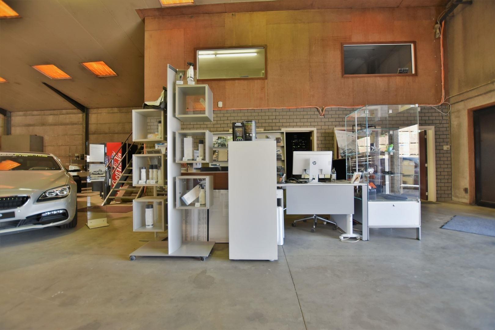 Foto 6 : Magazijn te 9200 APPELS (België) - Prijs € 2.500