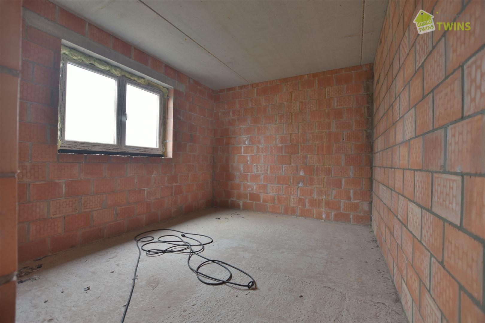 Foto 10 : Gemengd gebouw te 9200 GREMBERGEN (België) - Prijs € 279.000