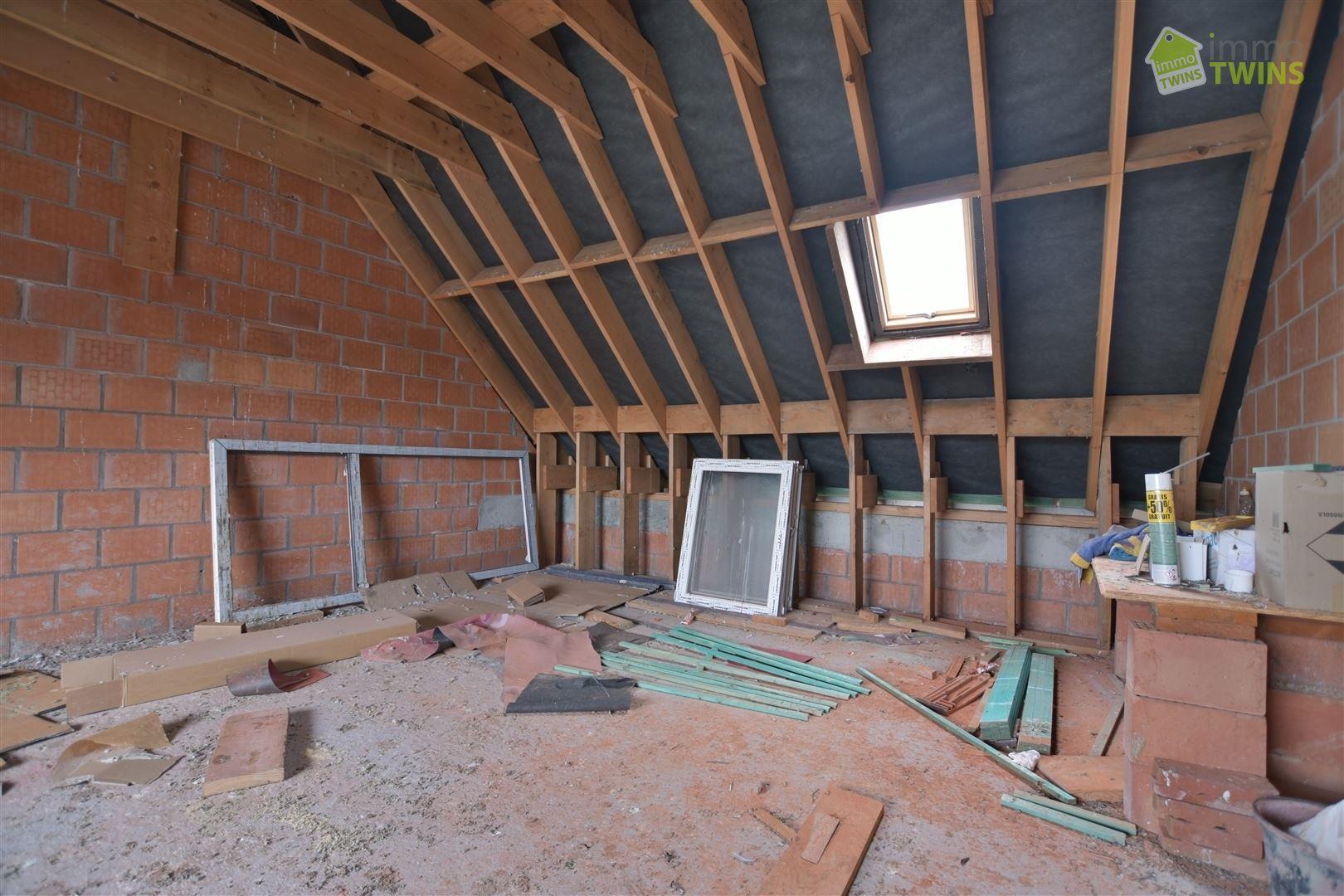 Foto 15 : Gemengd gebouw te 9200 GREMBERGEN (België) - Prijs € 279.000