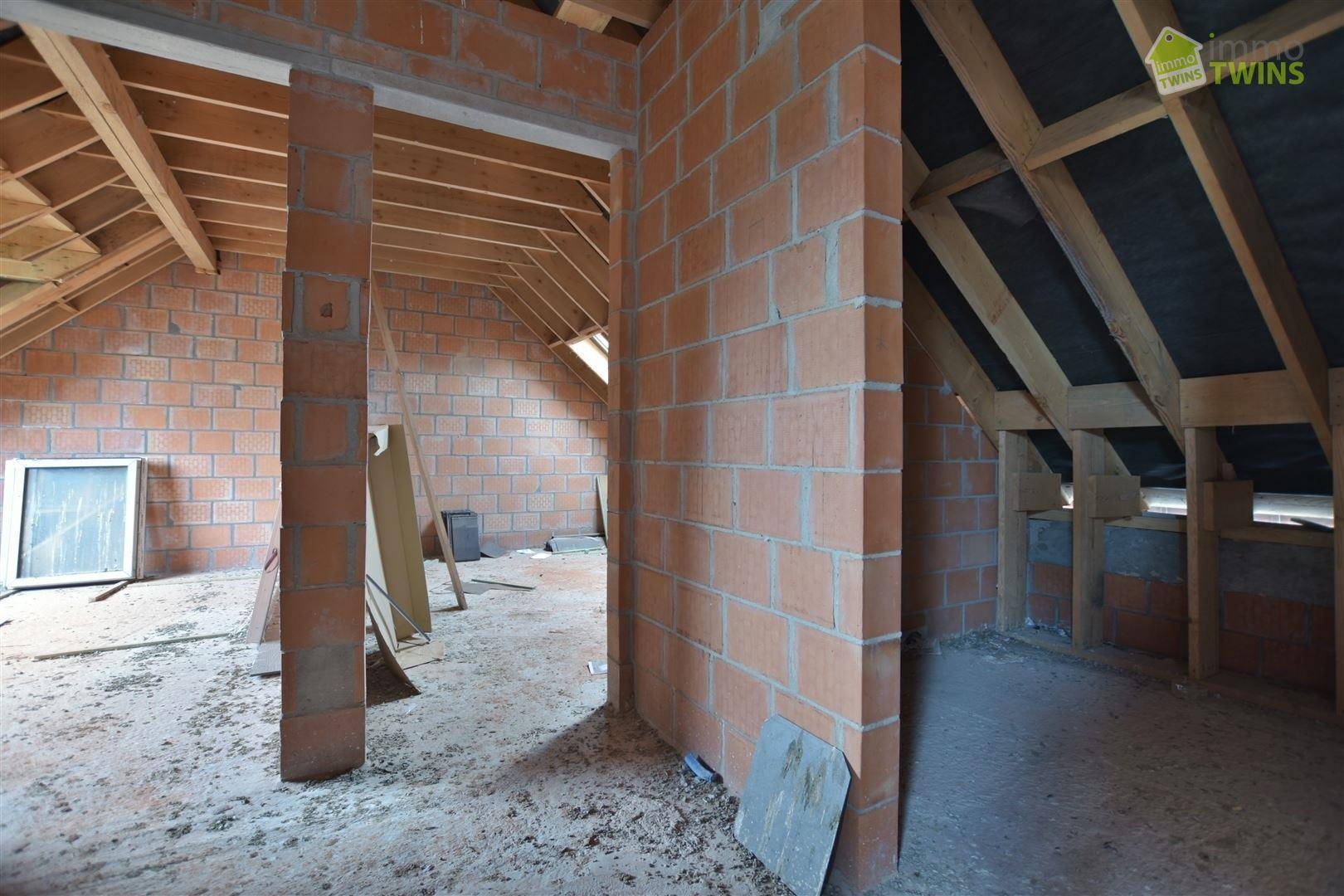 Foto 16 : Gemengd gebouw te 9200 GREMBERGEN (België) - Prijs € 279.000