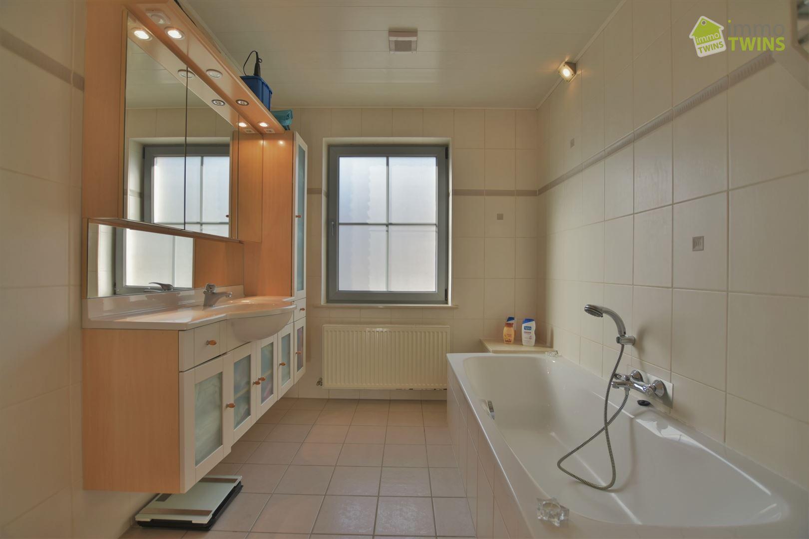 Foto 12 : Huis te 9200 BAASRODE (België) - Prijs € 349.000